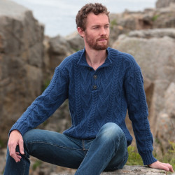 Pull Col Montant Bleu Inis Crafts